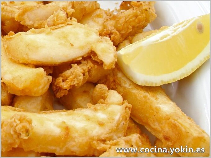 SQUID IN BATTER - Well-known and much used in bars as an appetizer dish. A big difference with what is sold frozen. Easy preparation.
